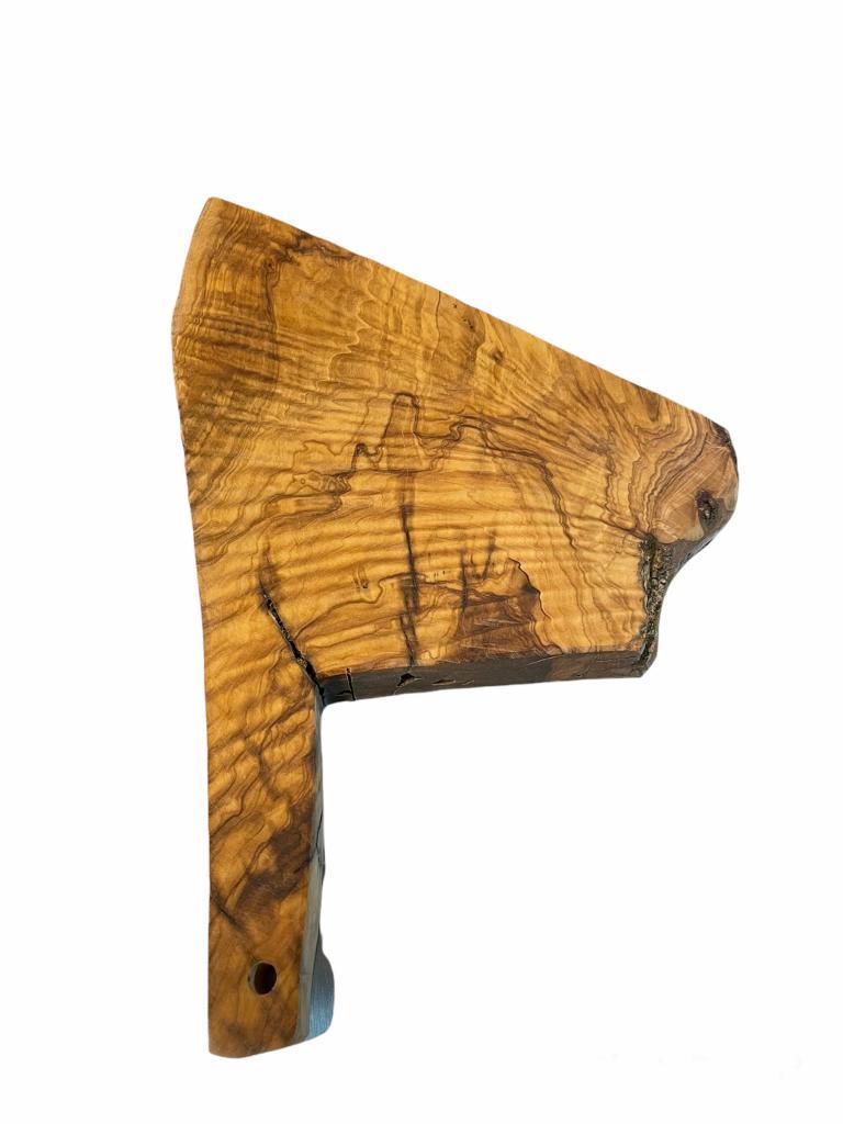 Tagliere in legno di olivo 25x30 h.300 mm
